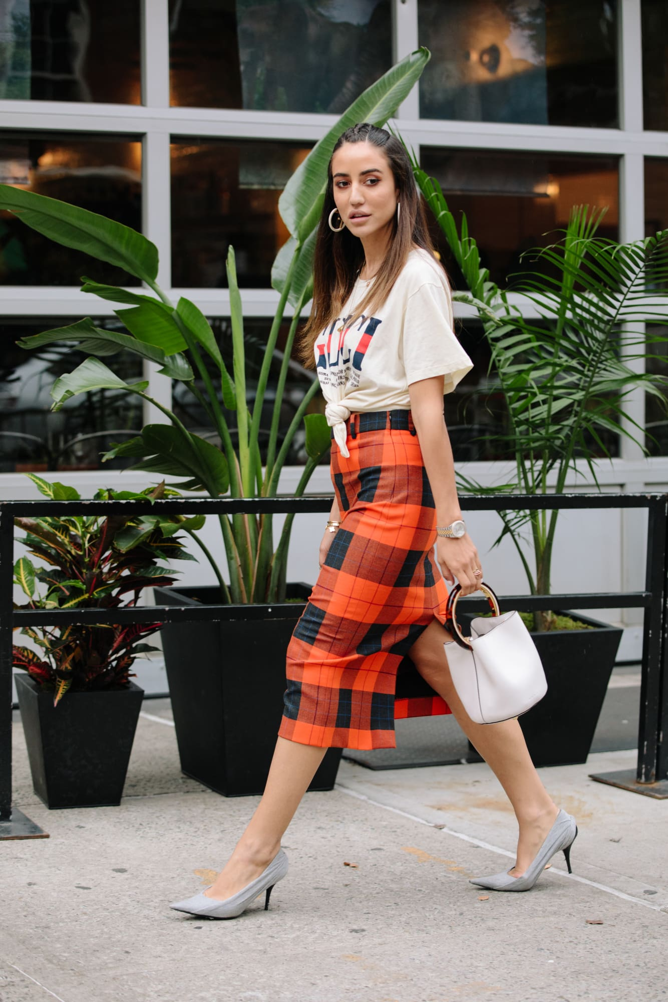 new-york-fashion-week-street-style-spring-2019-day-3-22.jpg