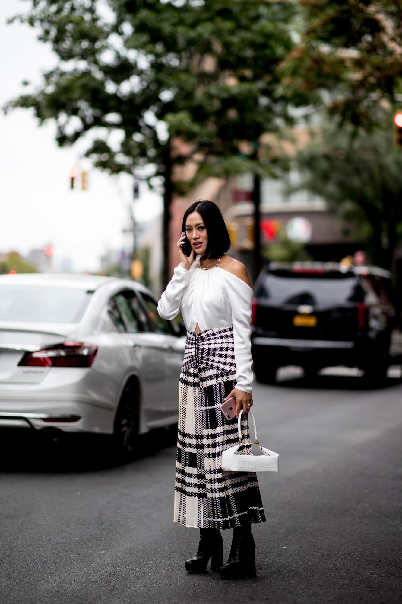 new-york-fashion-week-street-style-spring-2019-day-3-33.jpg