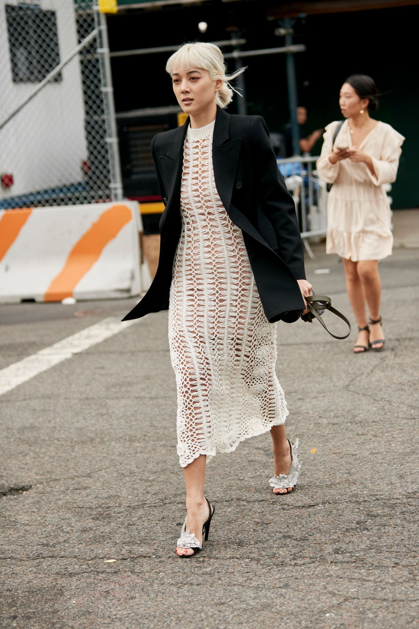 new-york-fashion-week-street-style-spring-2019-day-3-50.jpg