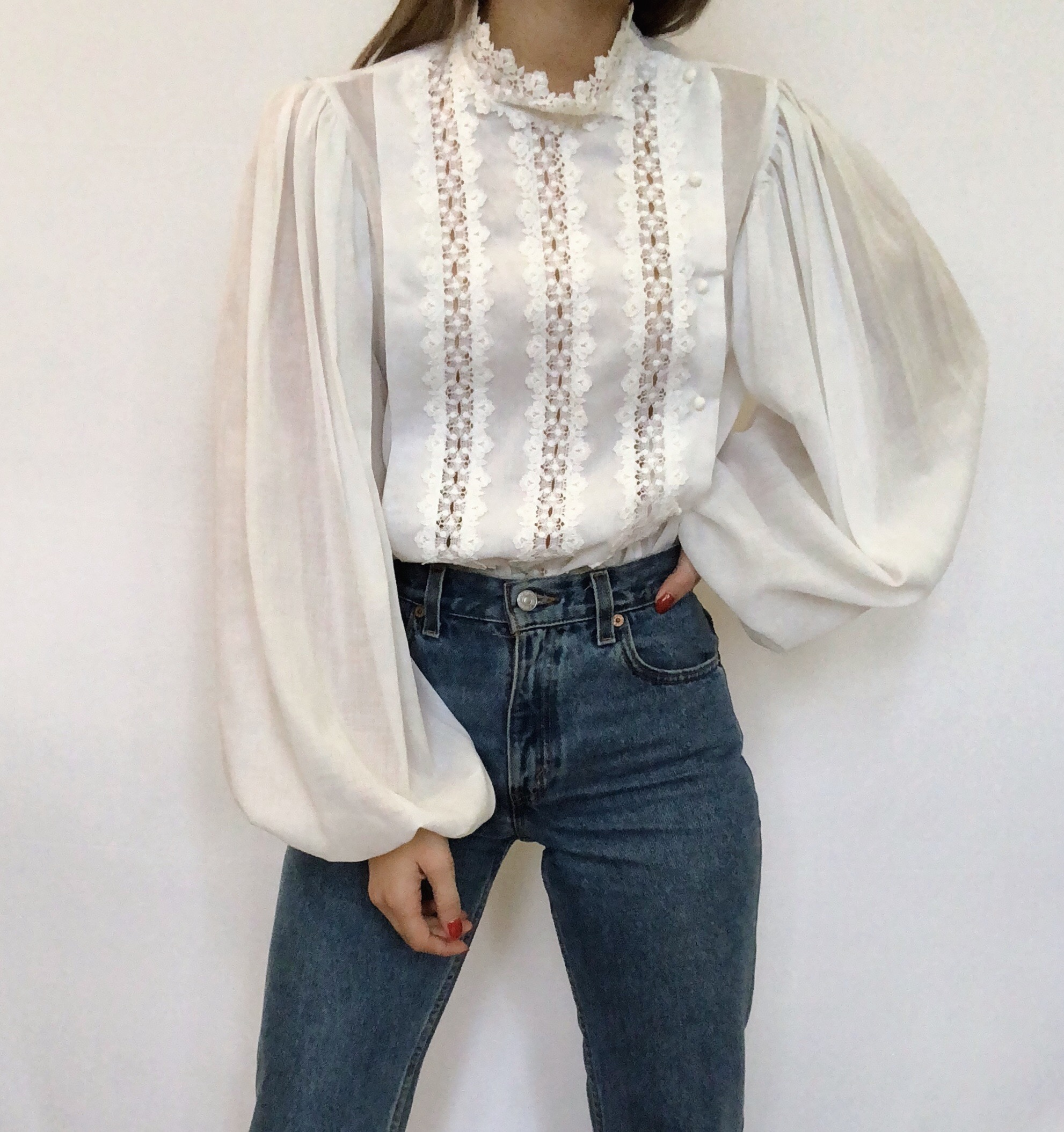 Vintage Balloon-Sleeved Ivory Blouse -