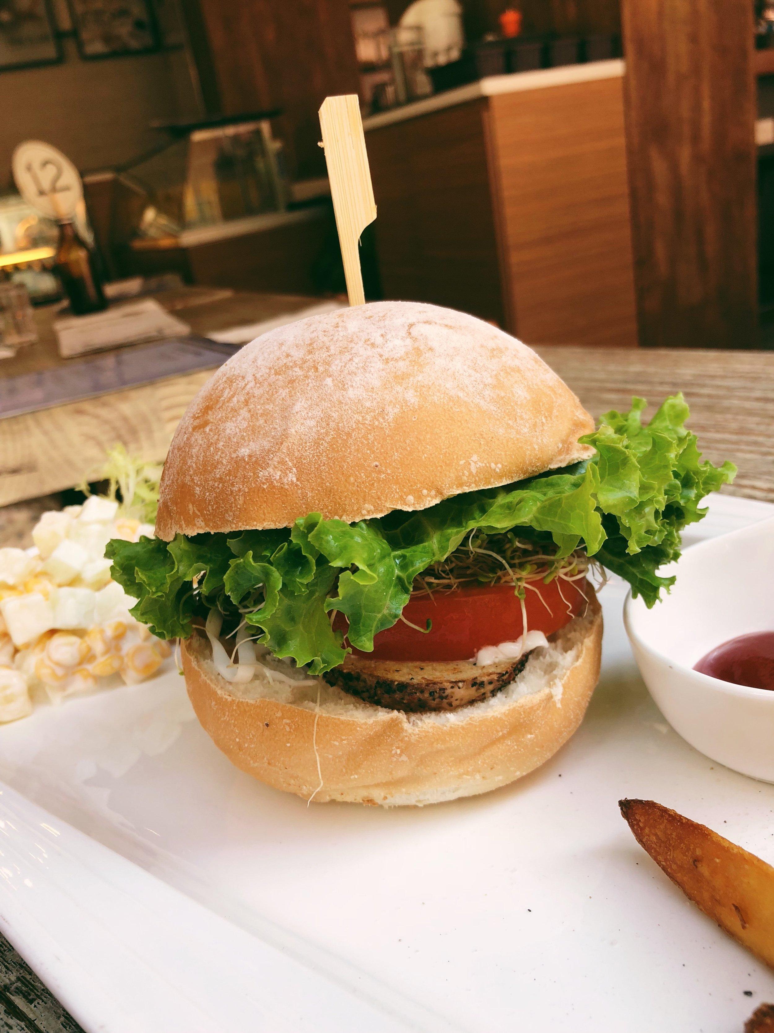 Pepper 'Beef' Burger