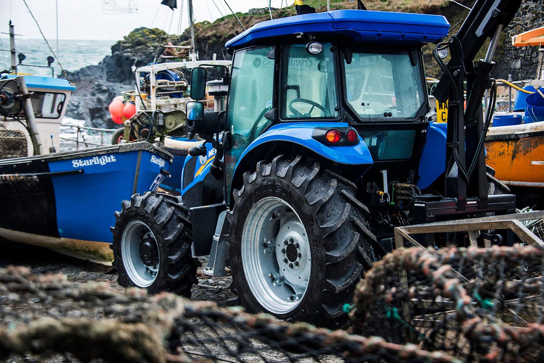 Tractor Photoshoot Nov 18 05.jpg