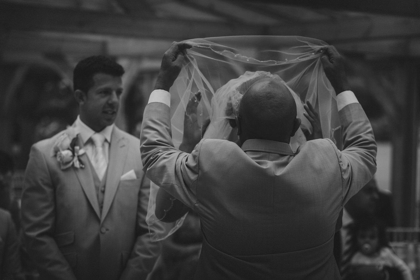 gaynes-park-wedding-photography-13.JPG