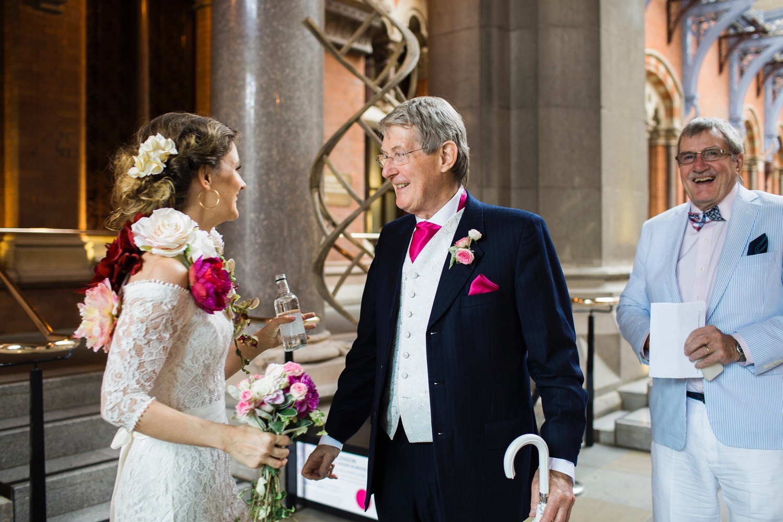 St-Pancras-wedding-photographer-london-039.jpg