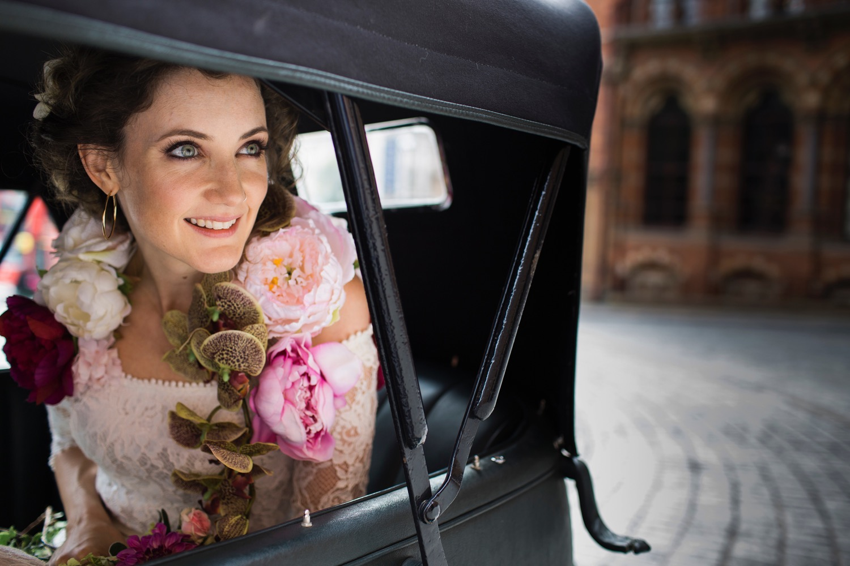 St-Pancras-wedding-photographer-london-043.jpg