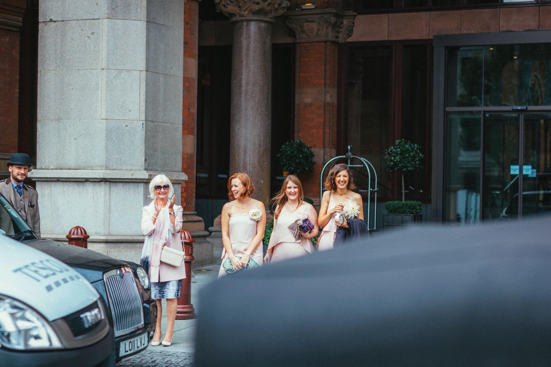 St-Pancras-wedding-photographer-london-044.jpg
