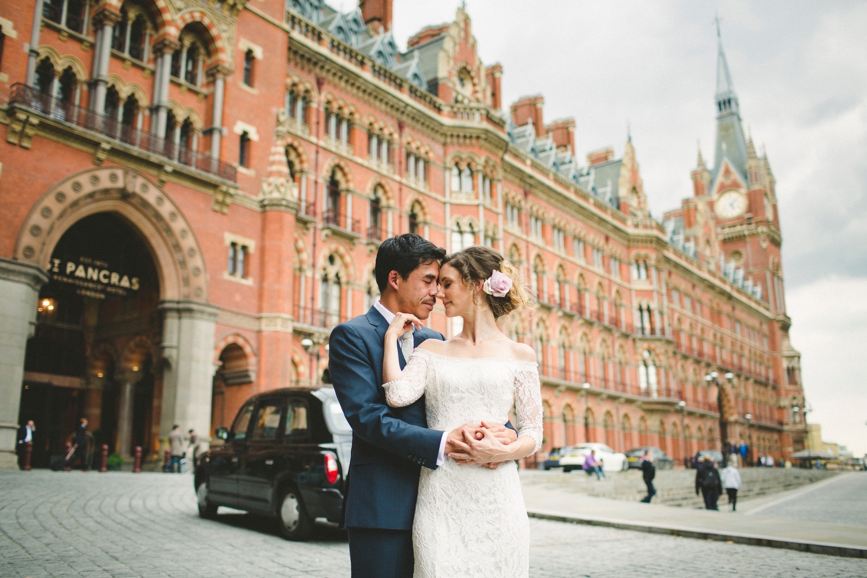 St-Pancras-wedding-photographer-london-073.jpg