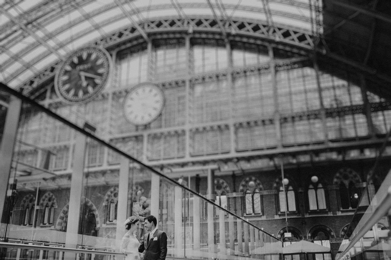 St-Pancras-wedding-photographer-london-081.jpg