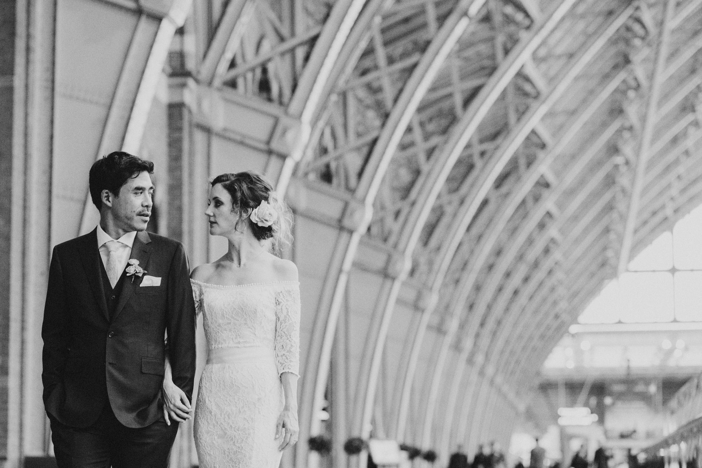 St-Pancras-wedding-photographer-london-089.jpg