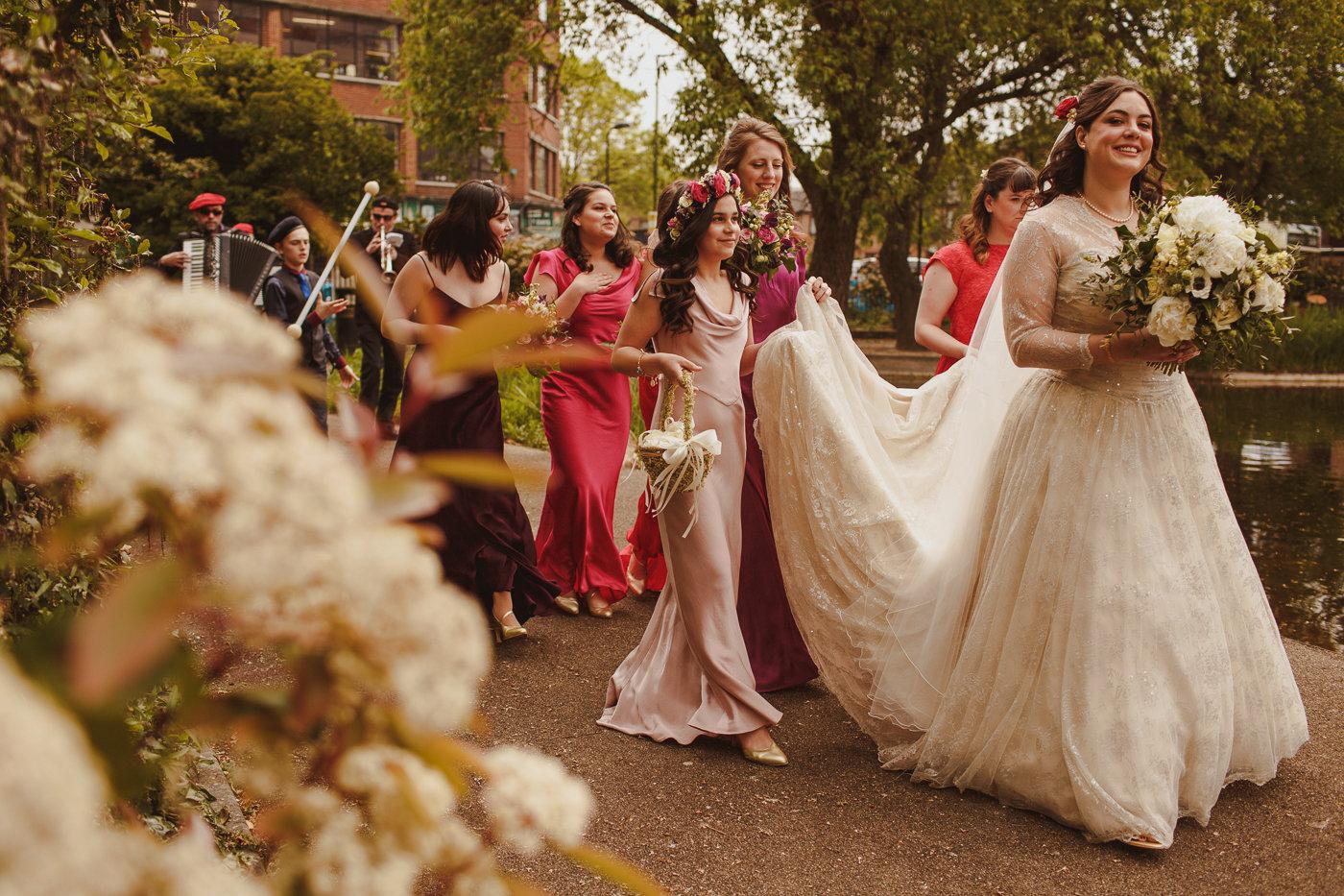 jewish-wedding-photographer-london-11.jpg