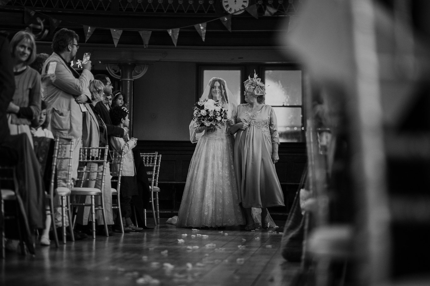 jewish-wedding-photographer-london-16.jpg