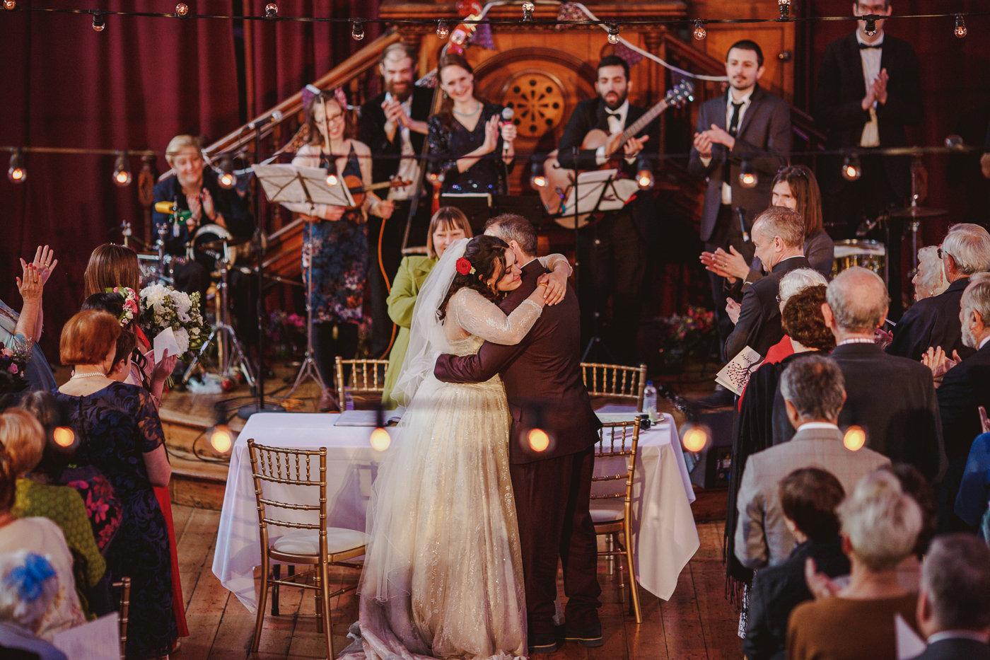jewish-wedding-photographer-london-18.jpg