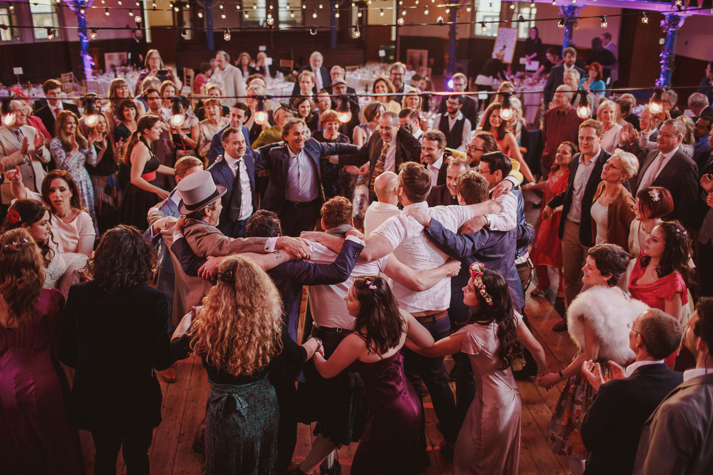 jewish-wedding-photographer-london-37.jpg