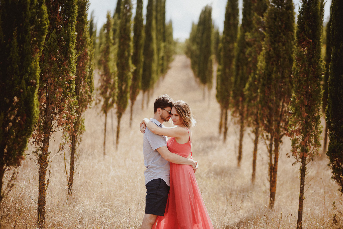 pre-wedding-photography-tuscany-19.jpg