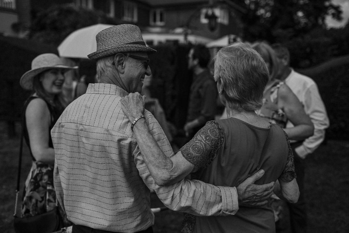 berkshire-wedding-photographer-14.jpg