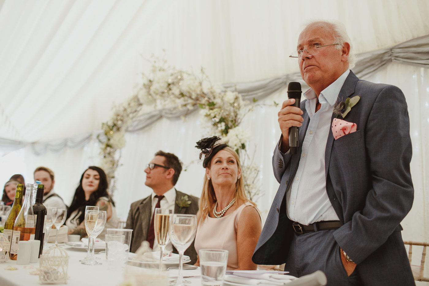 berkshire-wedding-photographer-29.jpg