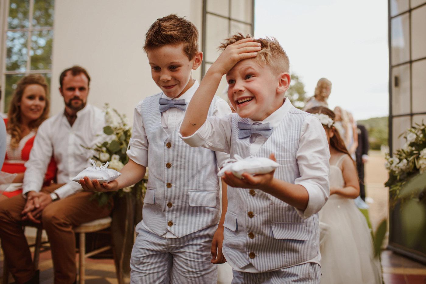wrest-park-wedding-photography-11.jpg