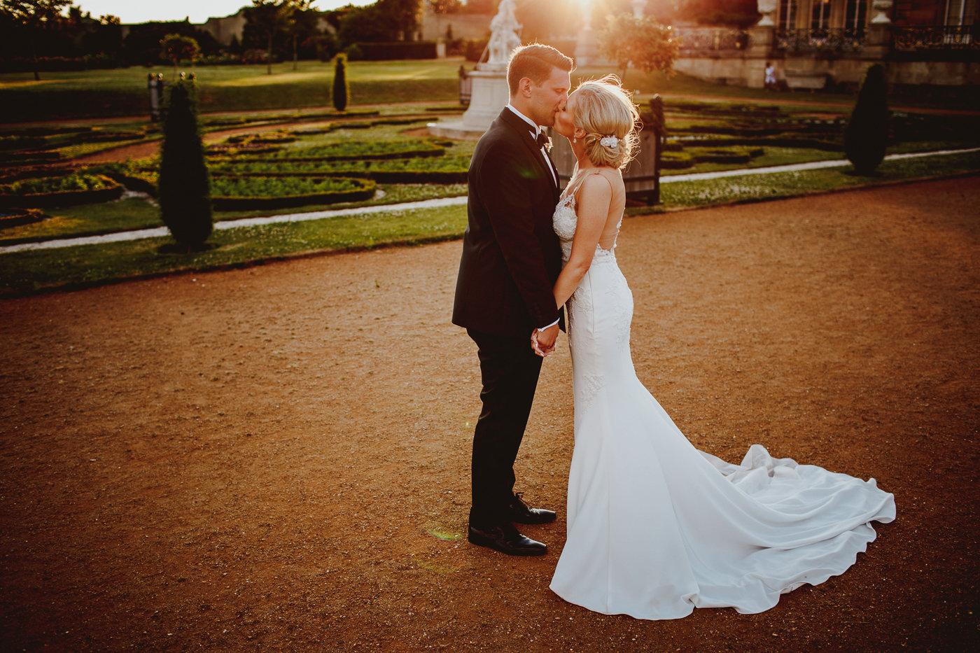 wrest-park-wedding-photography-27.jpg
