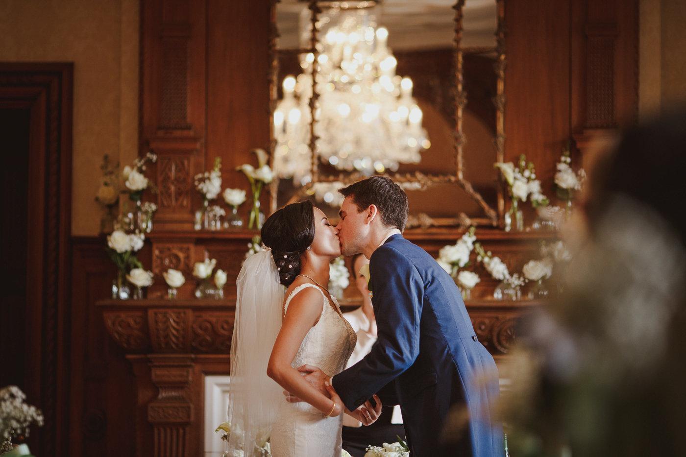 froyle-park-wedding-photography-19.jpg