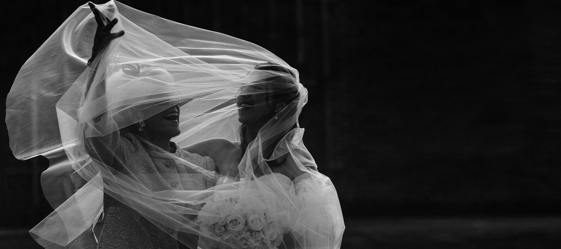 Natural and creative wedding photography. Documentary wedding photography in London, UK and overseas