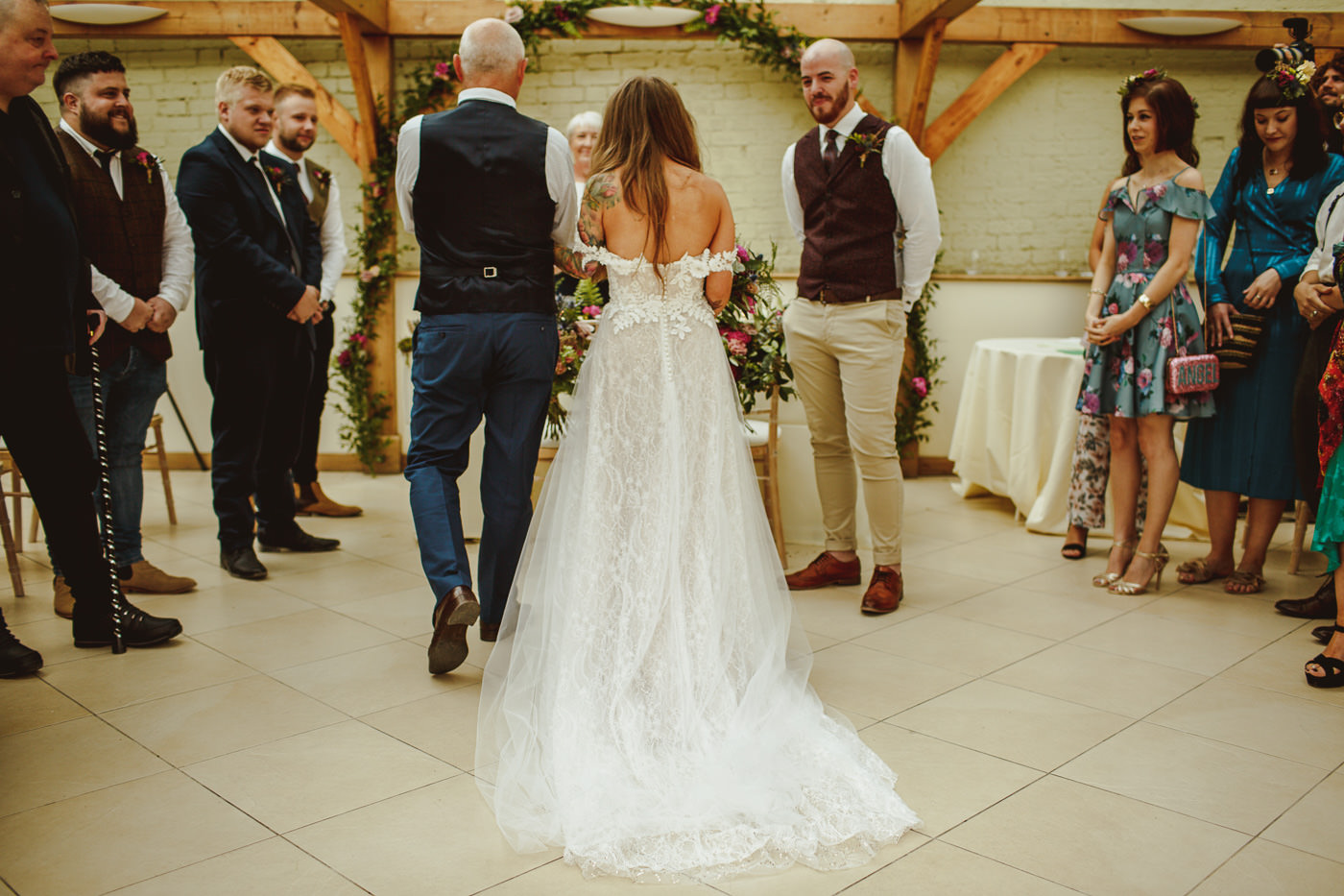 gaynes-park-wedding-photography-16.jpg