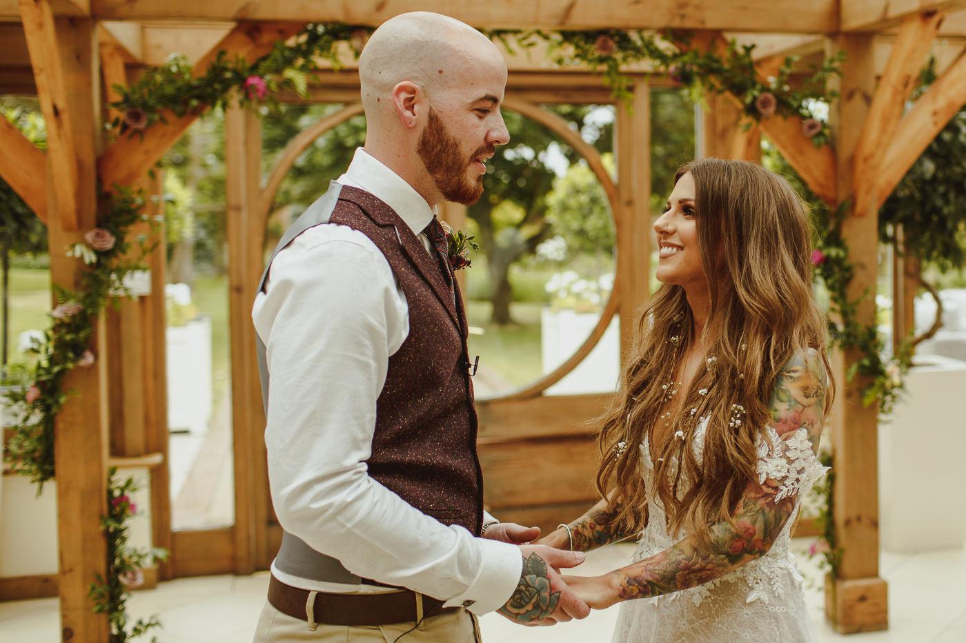 gaynes-park-wedding-photography-18.jpg