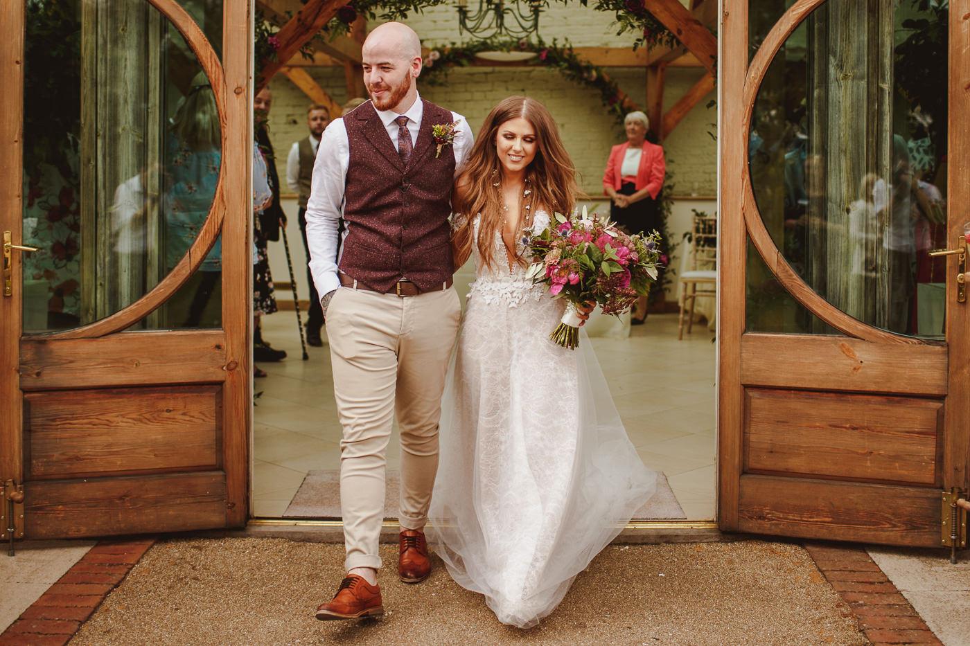 gaynes-park-wedding-photography-23.jpg