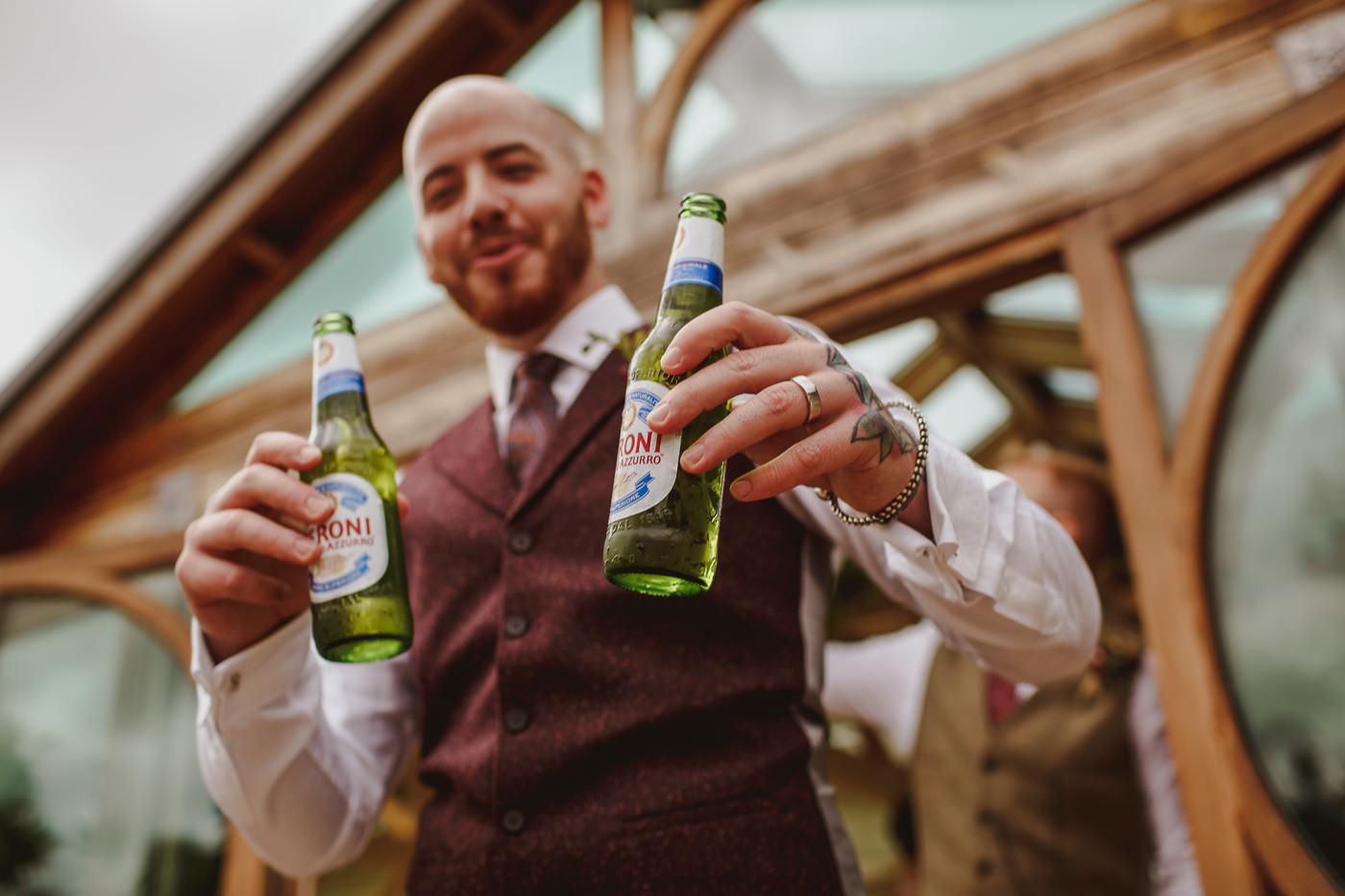 gaynes-park-wedding-photography-27.jpg