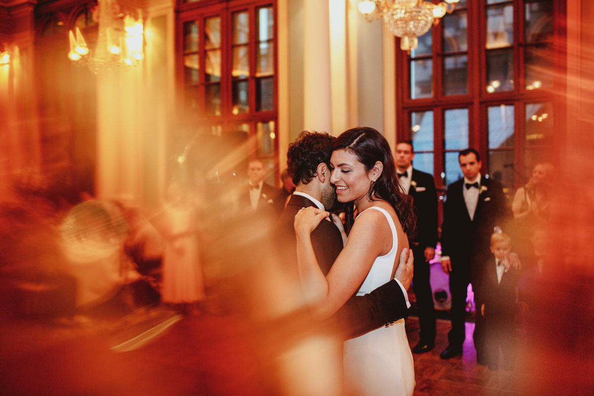 Academy-of-music-wedding-photography-59.jpg