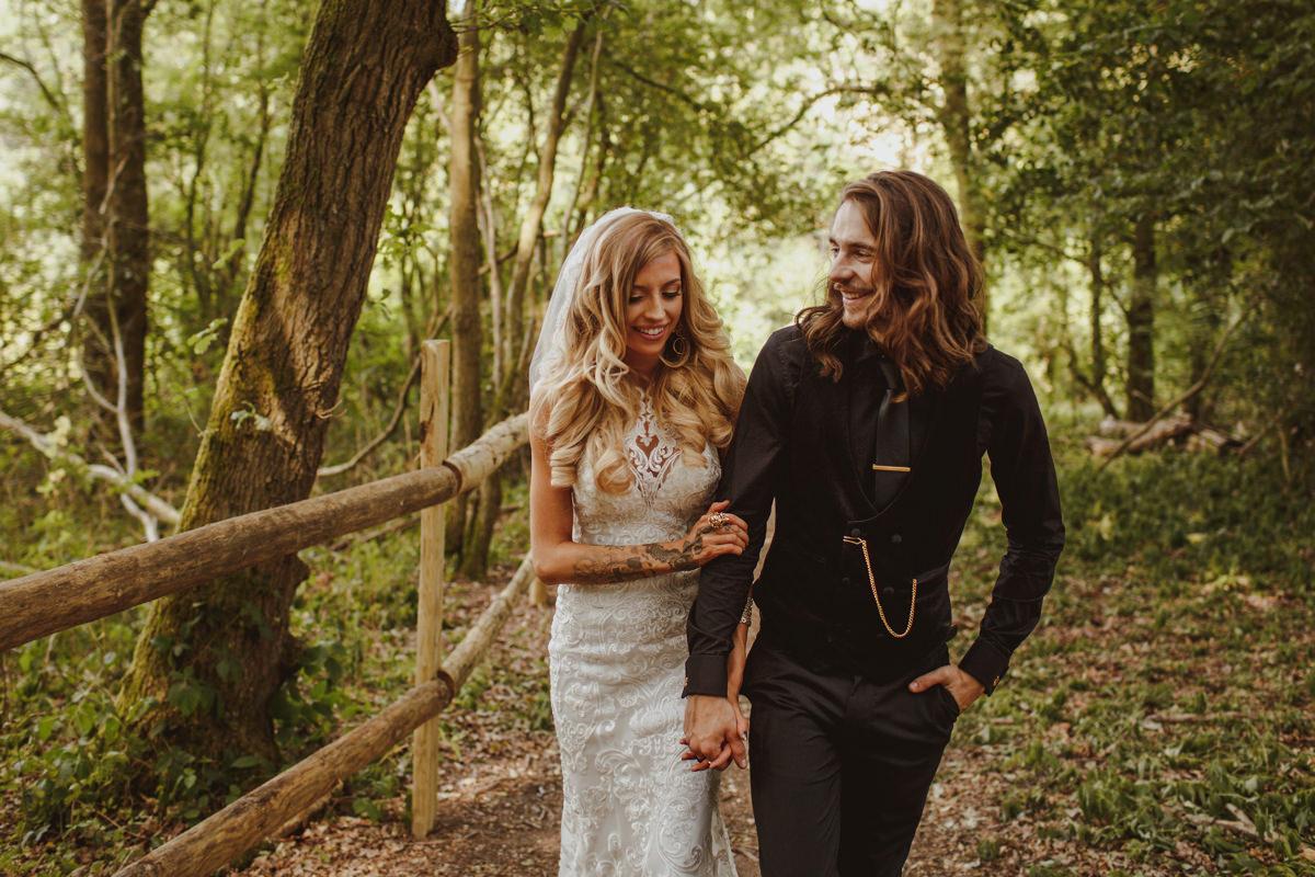 alternative-wedding-photographer-motiejus-38.jpg