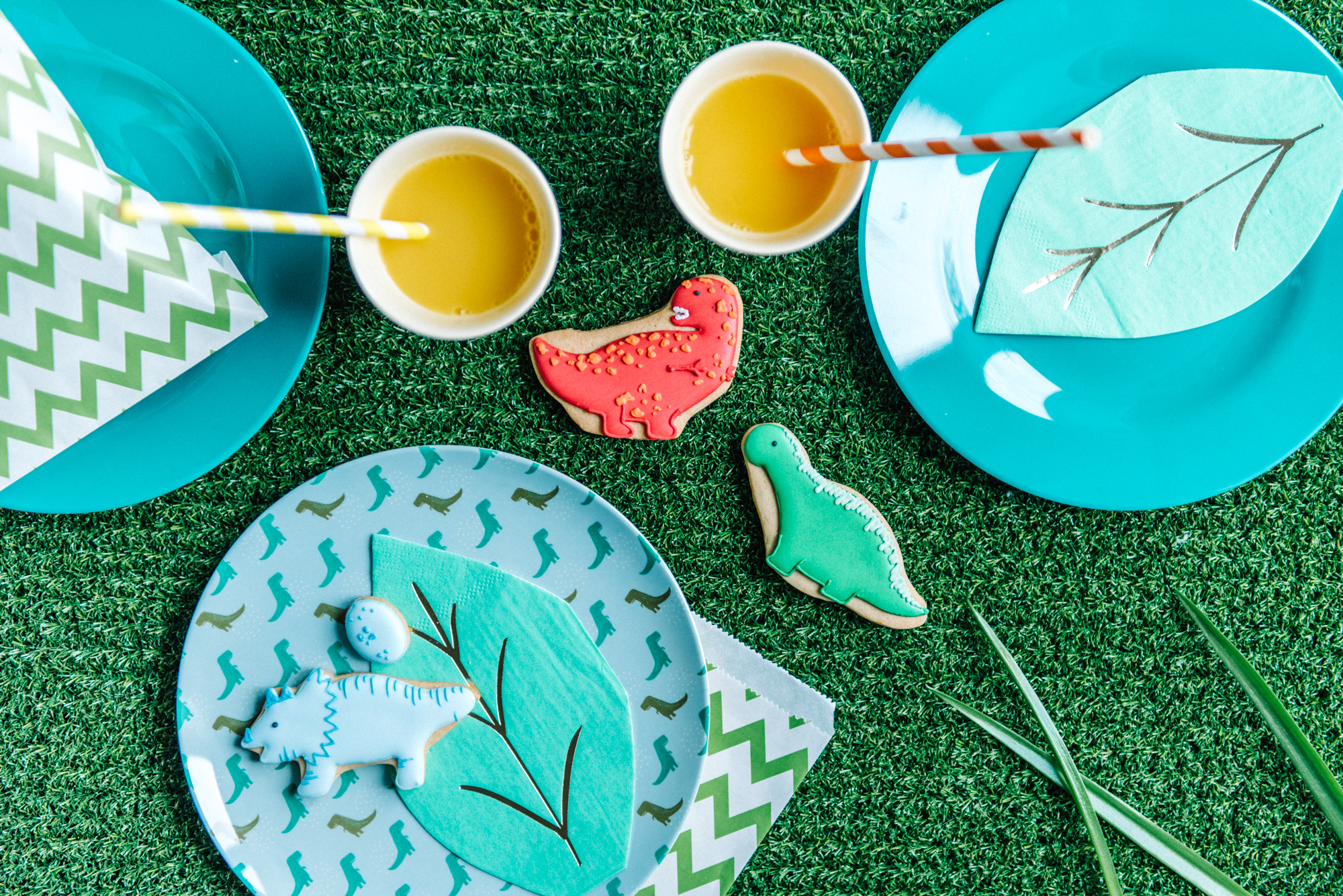 Shop By Party Theme - Whatever your party theme, our hired tableware and carefully sourced table accessories will help you get your party looking on point in an ecofriendly way.