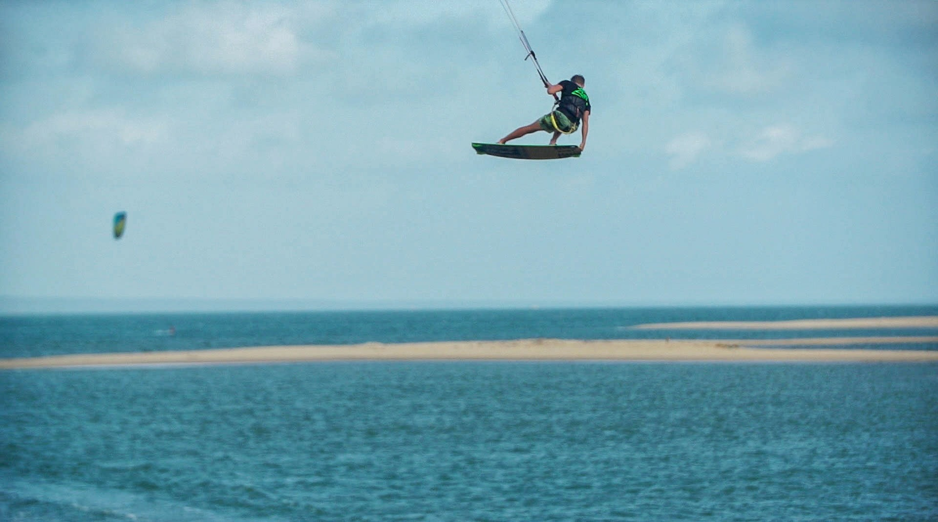 kitesurfing-sri-lanka-kalpitiya-lagoon.jpg