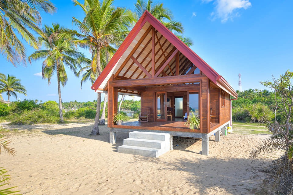 Kitesurfing Lanka - Rated No.1 Specialty Lodging in Kalpitiya on Trip Advisor. Located right next to the gym with yoga & kitesurfing lessons available. High standard private ensuite bungalows newly fitted with AC and a swimming pool coming in October 2019.