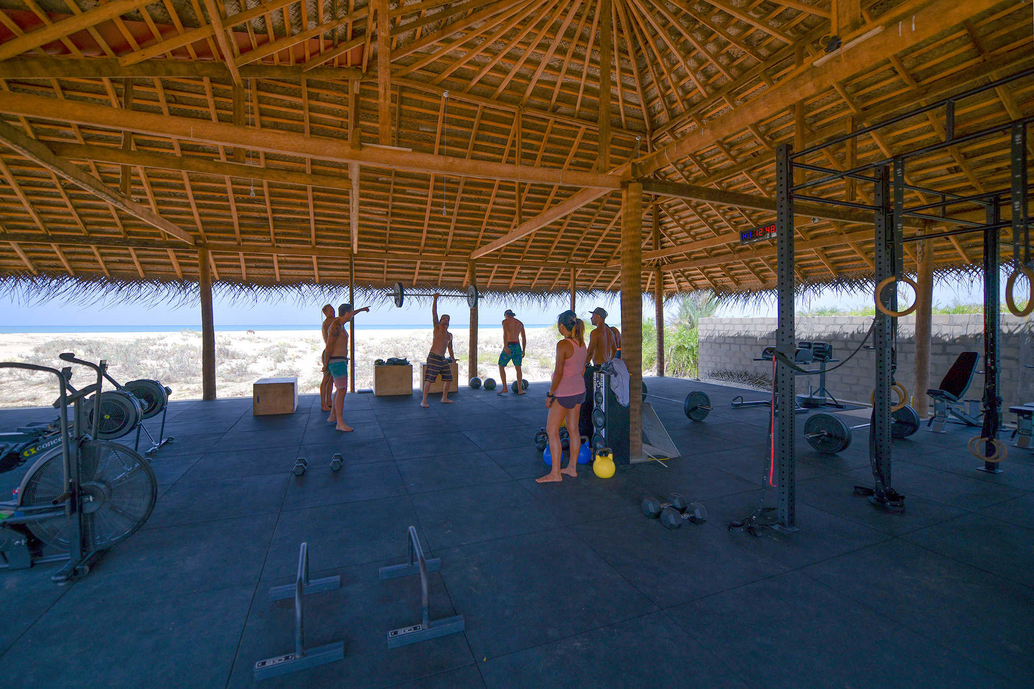 crossfit-beach-gym-sri-lanka