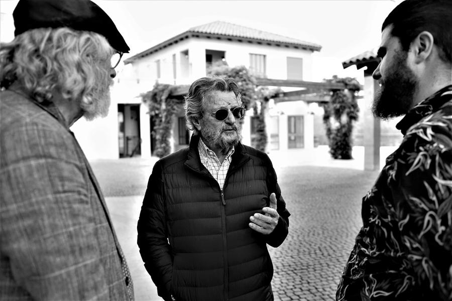 Peter Hilpert, Eli Ben Zaken, und Benjamin Herzog auf der Domaine du Castel, Ramat Raziel, Israel.