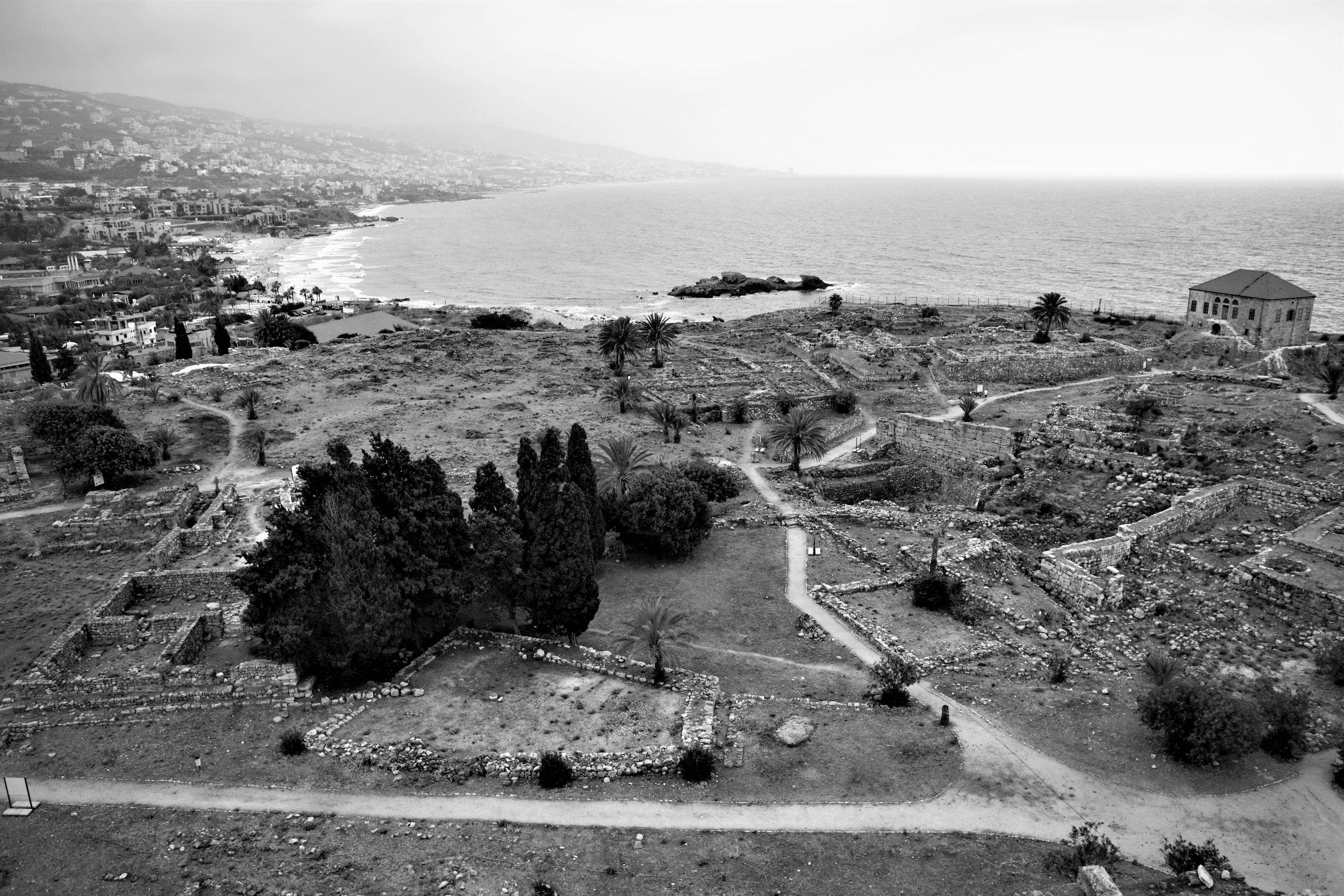 Ausblick von der Zitadelle in Byblos Richtung Süden.
