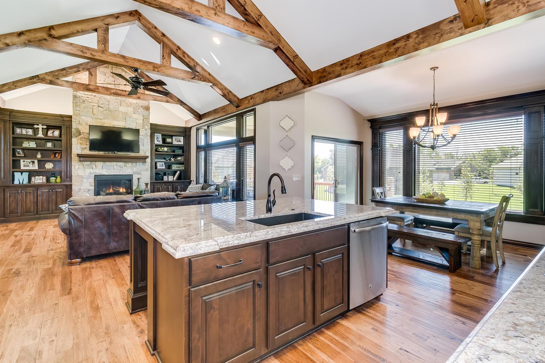 Auburn Hills Custom Home-large-010-31-Kitchen-1500x1000-72dpi.jpg