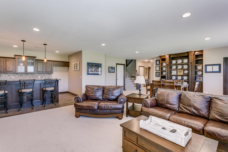 Auburn Hills Custom Home-large-026-37-Family Room-1500x1000-72dpi.jpg