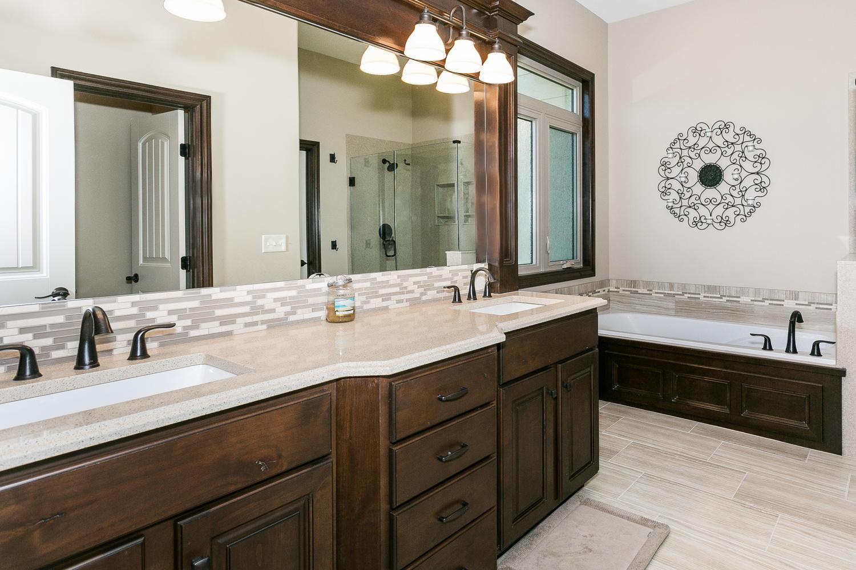 Auburn Hills Custom Home-large-017-20-Master Bath-1500x1000-72dpi.jpg