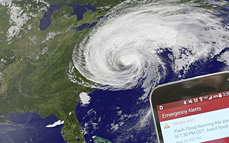 We INFORM   PBS WARN provides emergency information directly to New Yorkers' cellular phones.