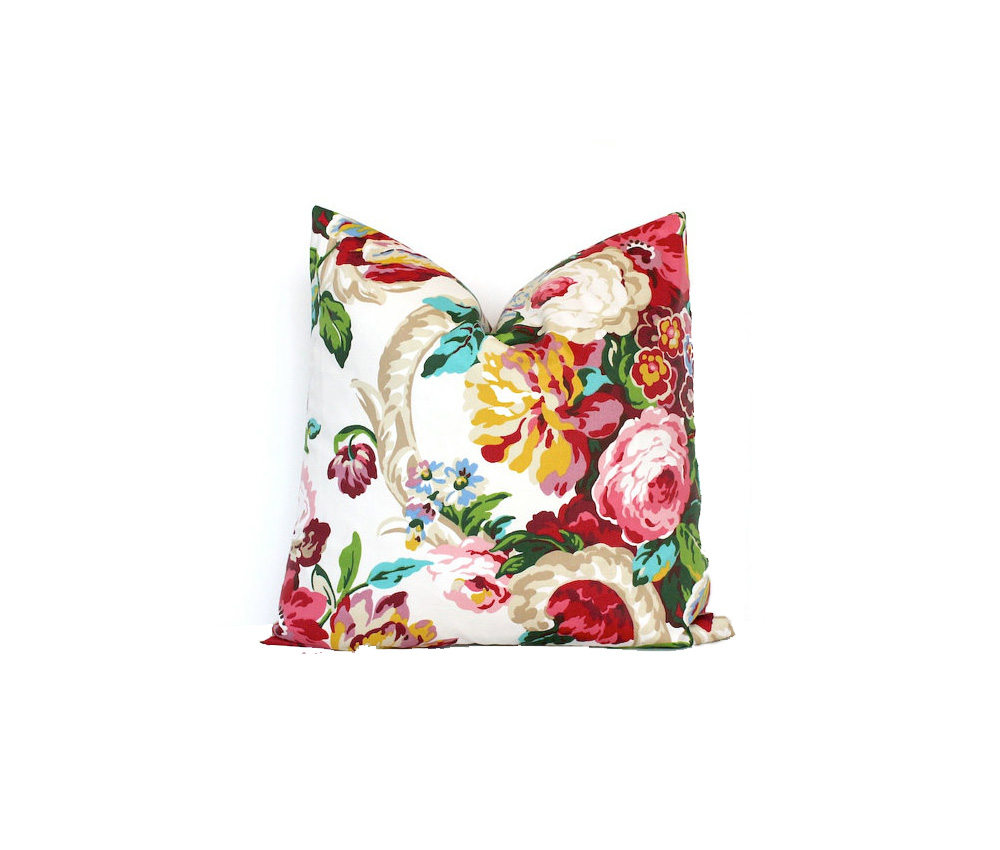 Photo Credit: Modern Floral Throw Pillow Cover via  ThePillowCoverStore  on Etsy