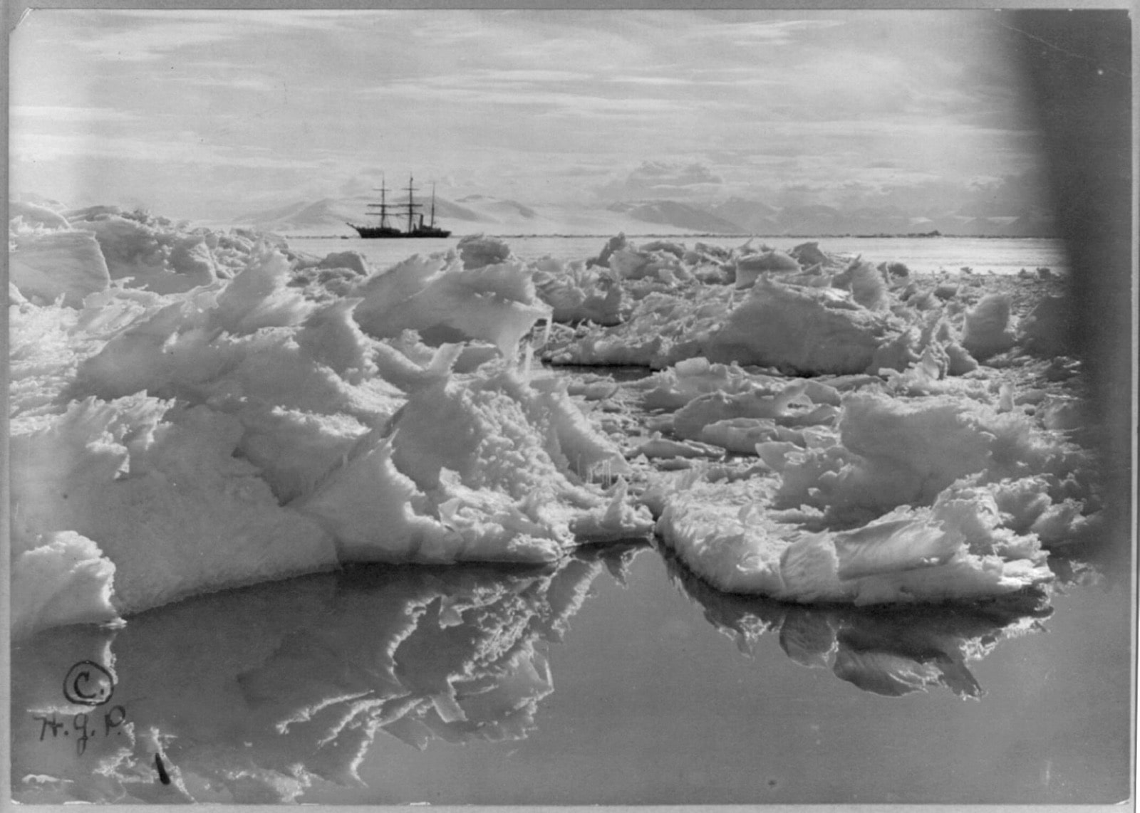 The ship  Terra Nova,  in McMurdo Sound. Photo by Herbert G. Ponting/ Library of Congress