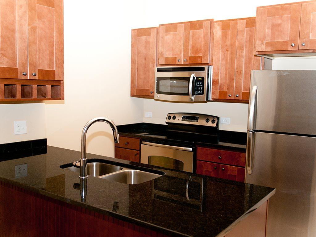 PE Apartment - Kitchen.jpg