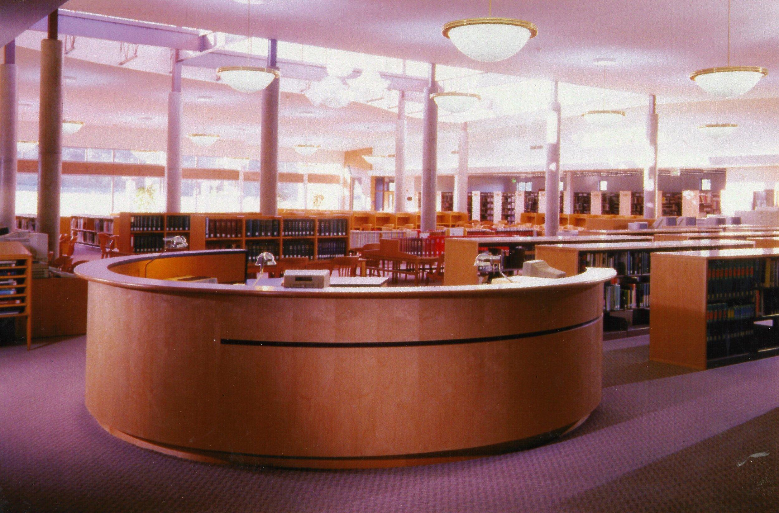 circulation desk.jpg