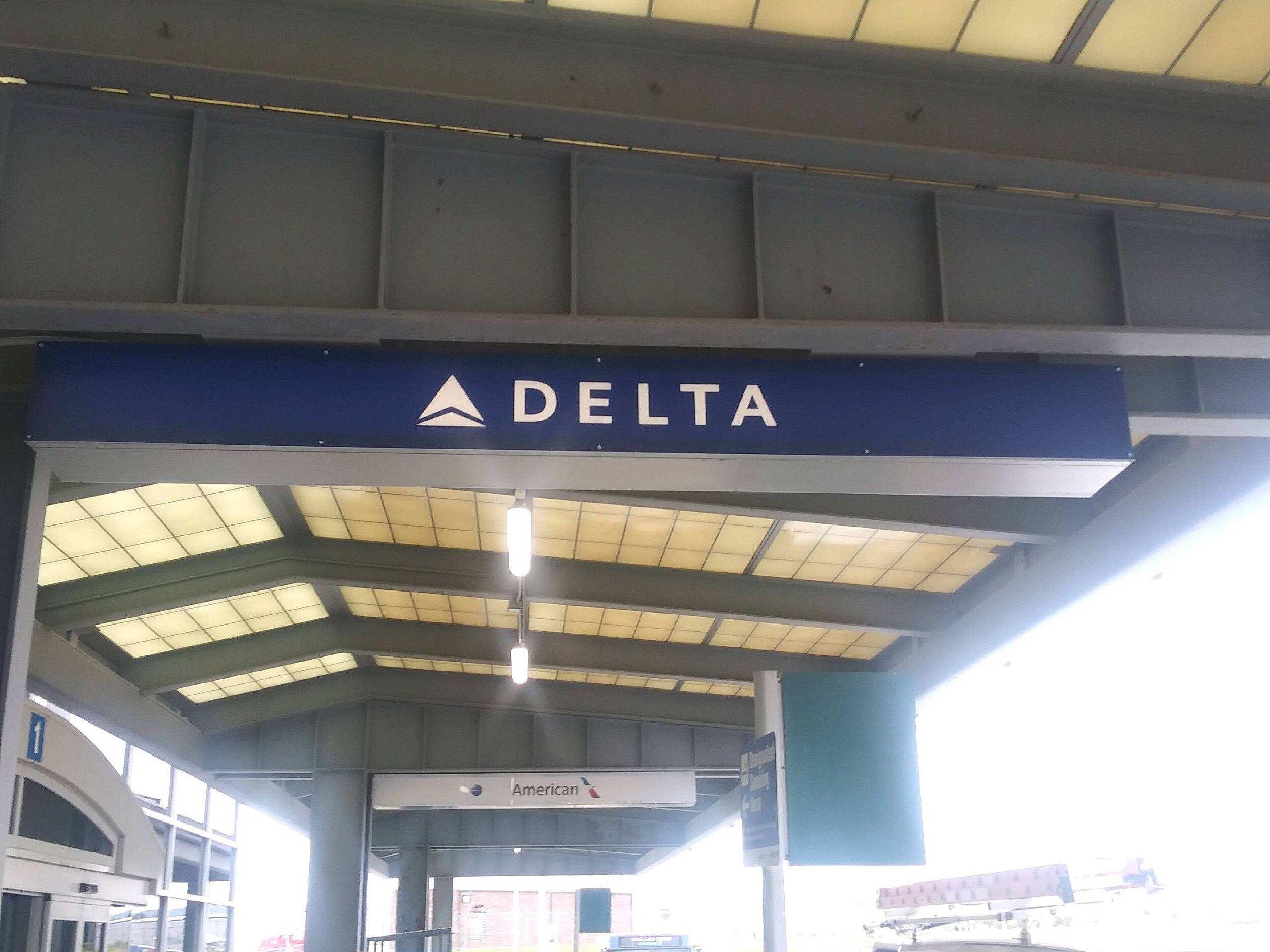 Exterior Airport Wayfinding Signage.JPG
