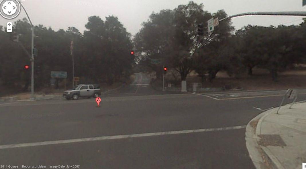 Corner of Gird and Reche. Turn Right.