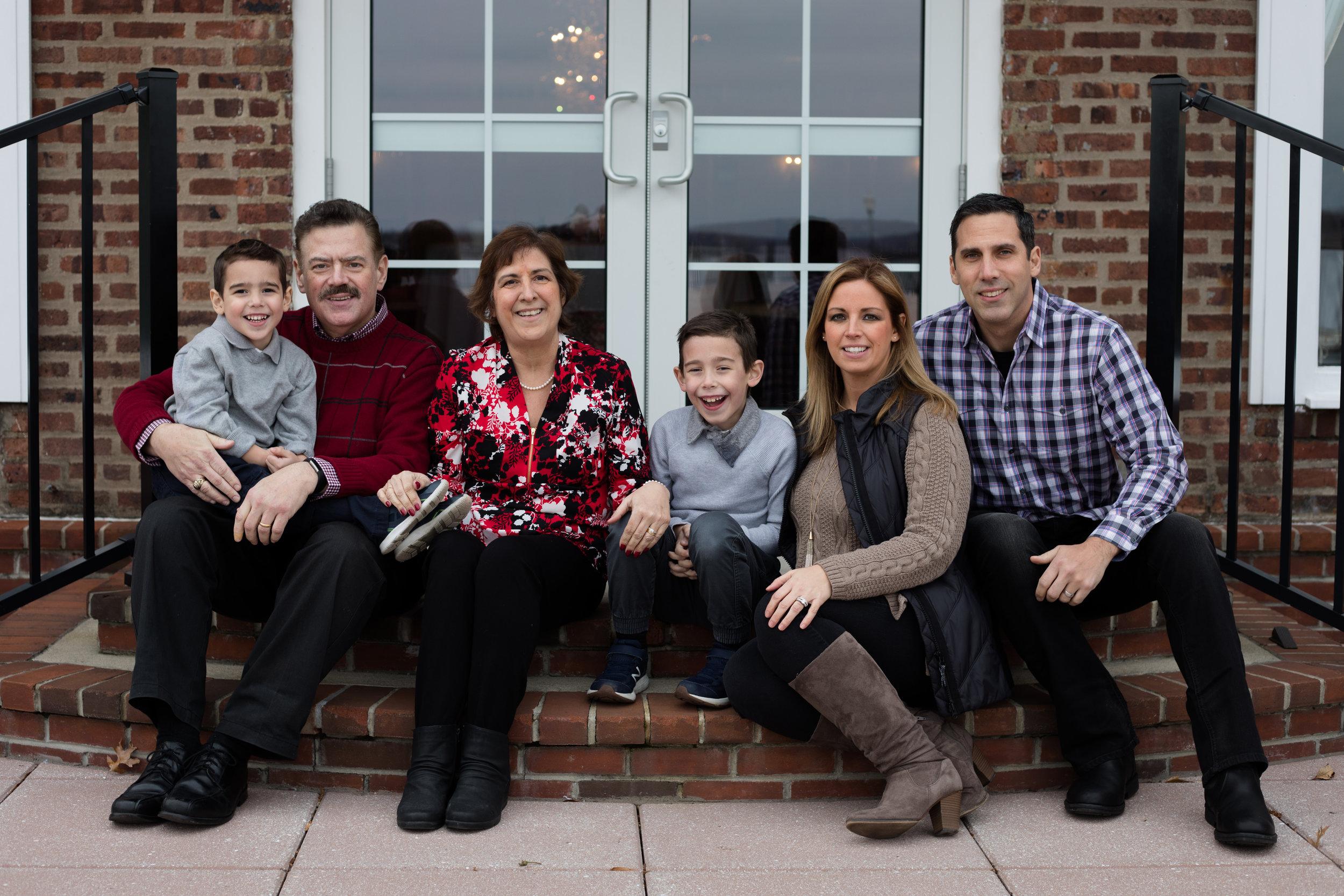 11.18.18 Deegan Campesi Family-9.jpg