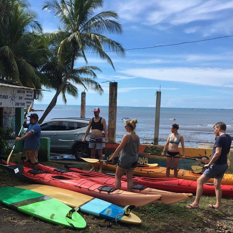 sea-kayak-tour-santa-catalina.jpg