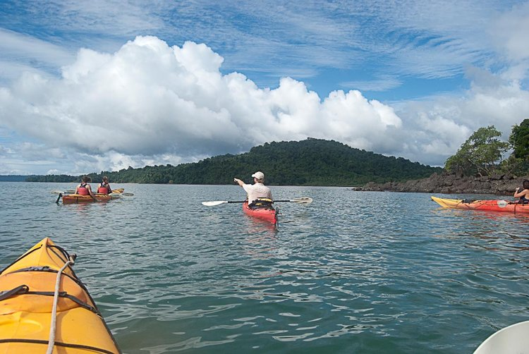 sea-kayak-panama.jpg