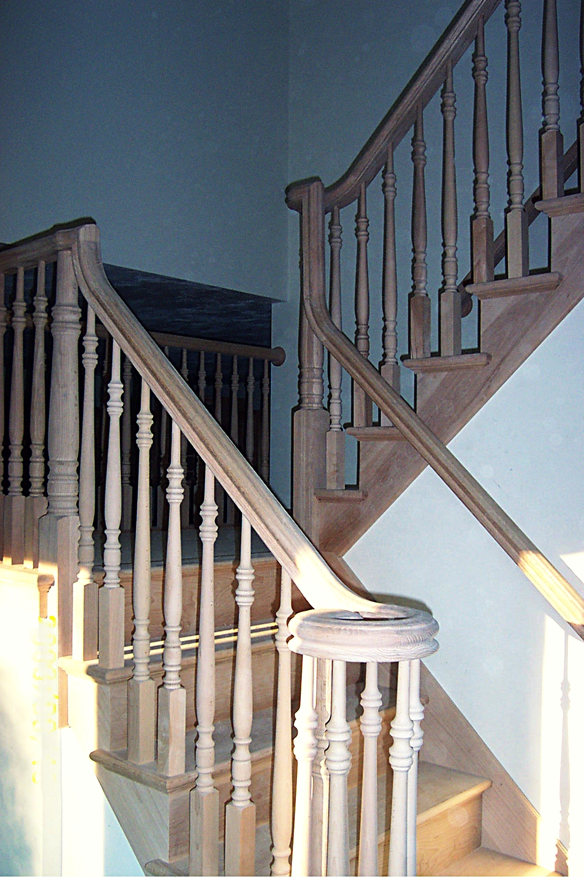 curly banister adjusted.jpg